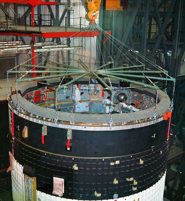 Erection and Mating of the S-IVB and Instrument Unit in the VAB [ST2]