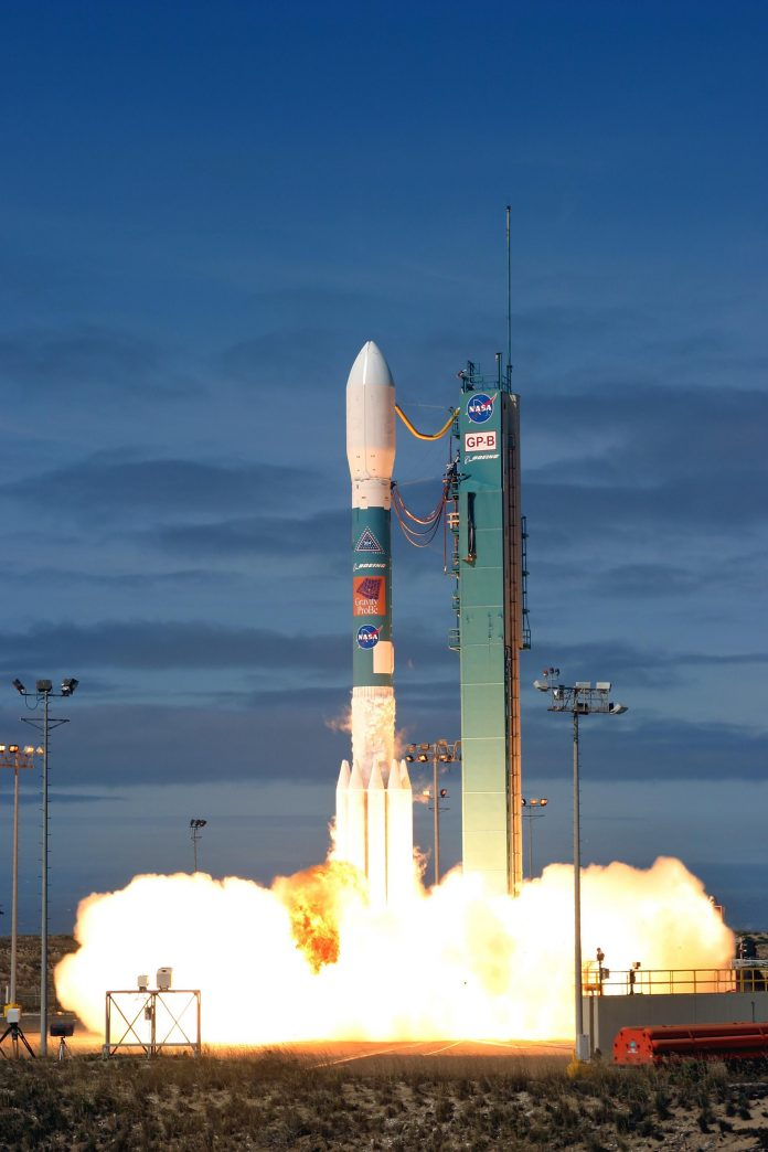 Delta II 7920 Launch with Gravity Probe B (Wikimedia)