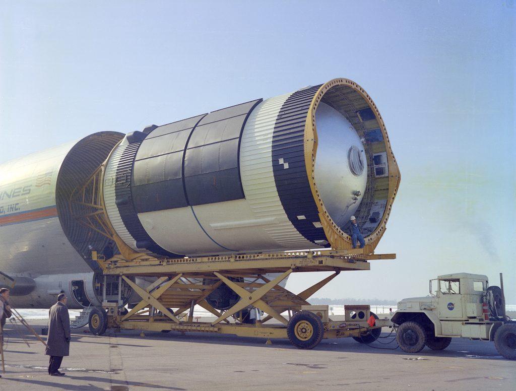 Unloading Skylab S-IVB Workshop from Super Guppy
